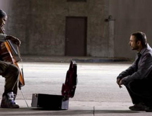 El solista  que tocaba un violín con sólo dos cuerdas